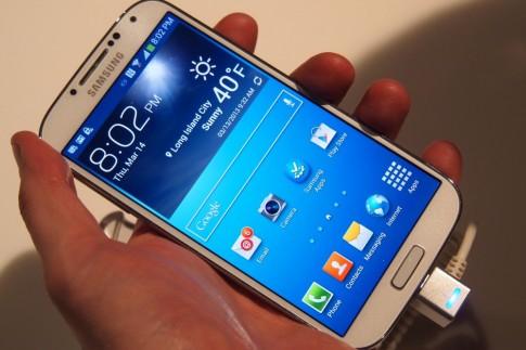 Video 4K quay tu Galaxy S5, mot phut ton 1GB the nho