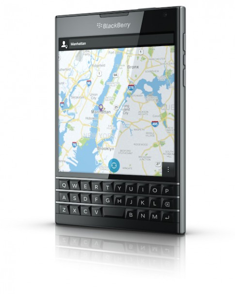 Anh chinh thuc va video mo hop BlackBerry Passport