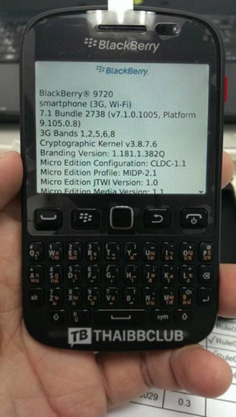 Ảnh thực tế BlackBerry Bold 9720