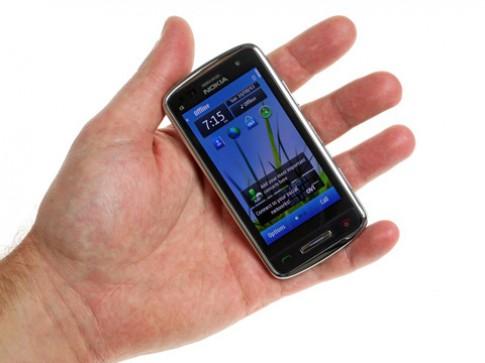Anh thuc te Nokia C6-01