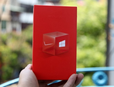 Anh thuc te Nokia Lumia 928