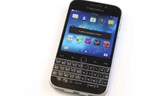 BlackBerry Classic quay ve ban phim cung truyen thong