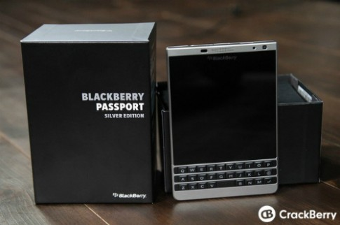 BlackBerry ra Passport phien ban vo kim loai