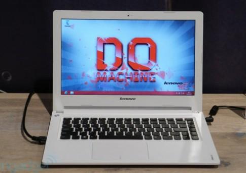 Bo ba laptop IdeaPad gia tu 10,4 trieu dong