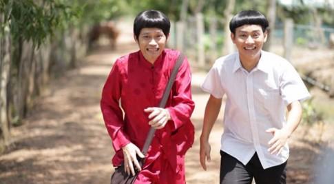 """Cha con Hoài Linh - Hoài Lâm """"đại thắng"""" phòng vé phim Tết"""