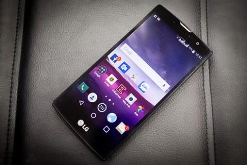 Danh gia LG Magna - smartphone man hinh cong gia re