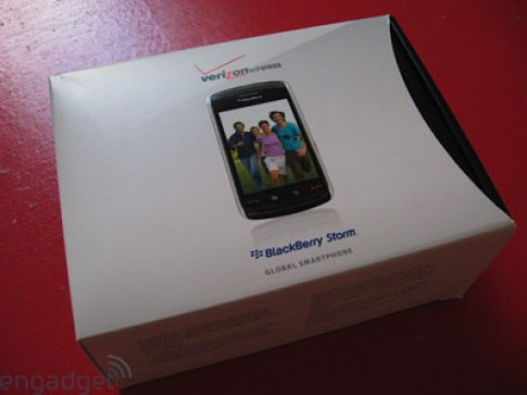 'Dap hop' BlackBerry Storm