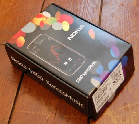 'Đập hộp' Nokia 5800 XpressMusic