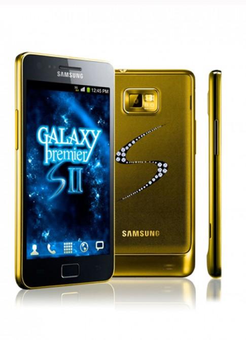 Dau gia Samsung Galaxy S II ma vang, nam 235 vien kim cuong