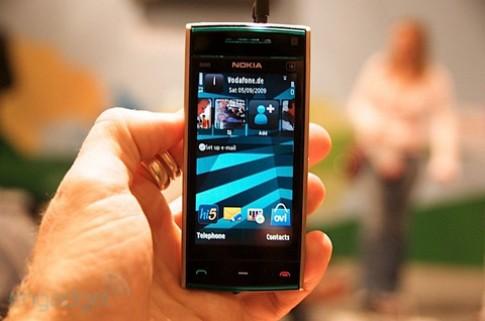 Dau nam 2010, Nokia X6 den VN
