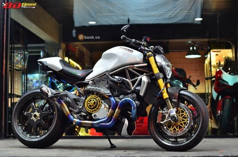 Ducati Monster 1200 độ siêu khủng với loạt đồ chơi đắt giá