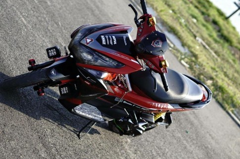 Honda Air Blade do noi bat day phong cach cua biker Viet