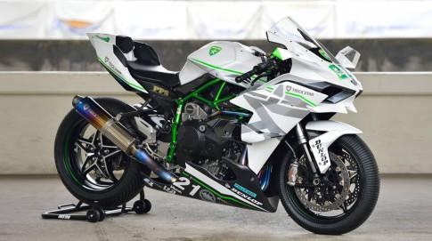 Kawasaki Ninja H2R do 400 ma luc voi van toc toi da 385 km/h