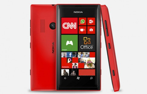Lumia 505 chay Windows Phone 7.8 chinh thuc trinh lang