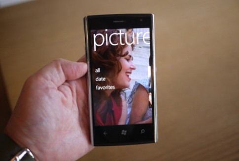 Ngam Windows Phone 7 cua Dell