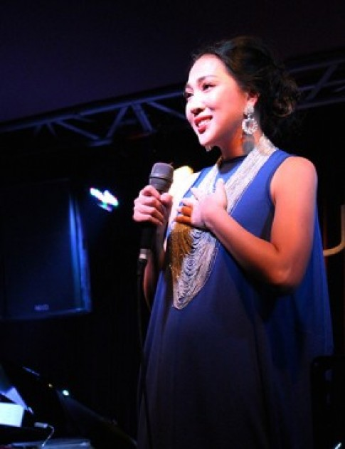 Nguyên Thảo tái xuất ấn tượng trên sân khấu Sài Gòn