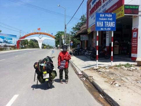 Nha Trang không quá lớn nên bạn có thể chọn xe máy làm phương tiện di chuyển