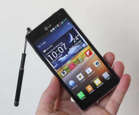 Nhung smartphone ban tai Viet Nam thang 8
