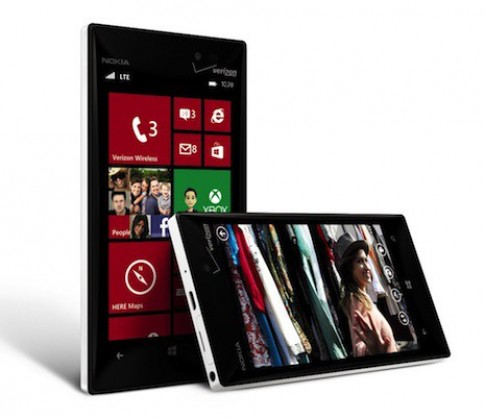 Nokia cho ra mat Lumia 928 - ban sao cua Lumia 920