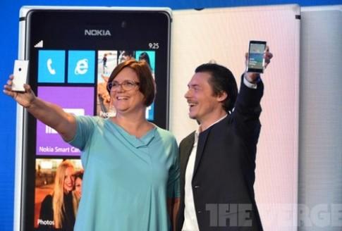 Nokia ra dien thoai Lumia 925 dang mong va nhe