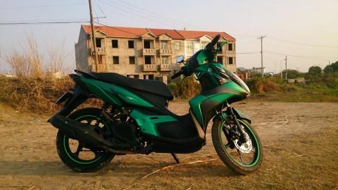 Nouvo SX độ nổi bật với màu xanh lá được phối cá tính