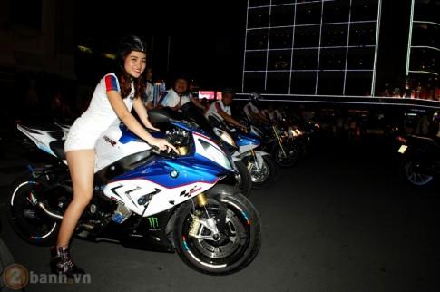 Nu biker xinh dep chay moto trong ngay ra mat BMW Riders Saigon Club