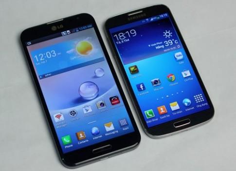 Samsung Galaxy S4 do dang voi LG Optimus G Pro