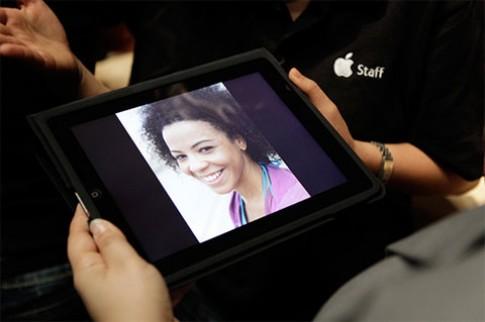Sharp sẽ sản xuất màn hình iPad, iPhone