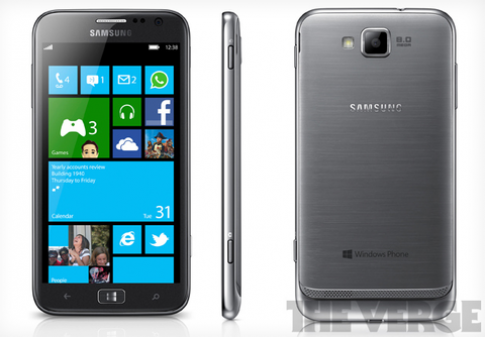 Smartphone chay Windows Phone 8 dau tien lo dien