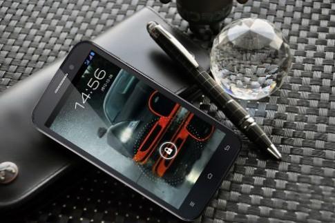 Smartphone loi tu Revo HD4 tiep tuc hut khach vi gia 'sieu re'