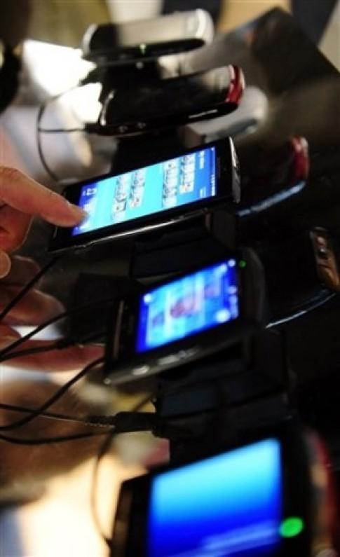 Sony Ericsson sap ra smartphone choi game
