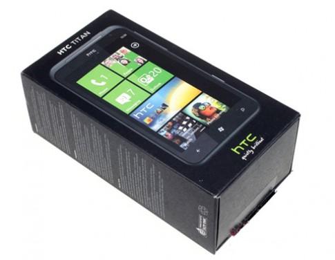 Thuc te HTC Titan man hinh 'khung'