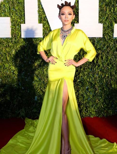 Toc Tien: 'Vay toi mac khong giong Rihanna'