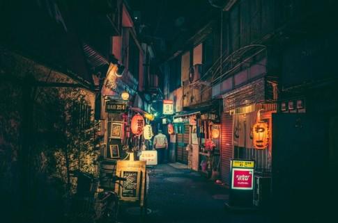 Tokyo ve dem huyen ao qua ong kinh nhiep anh gia