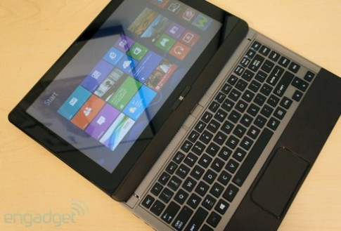 Toshiba gioi thieu ultrabook U923t man hinh truot