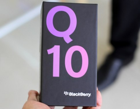 Xem anh dap hop BlackBerry Q10 o Viet Nam