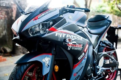 Yamaha R3 sơn tem đấu siêu ngầu của biker Vĩnh Long