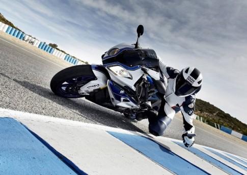 BMW Motorrad nói không với MotoGP để phát triển các dòng sản phẩm thực dụng