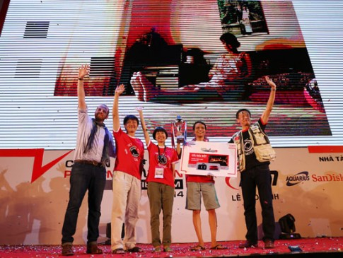 Bức ảnh về tình mẫu tử đoạt giải cao nhất Canon PhotoMarathon Hà Nội
