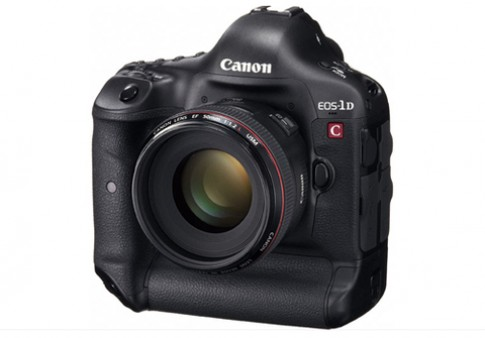 Canon giam gia ky luc 4.000 USD cho EOS-1D C