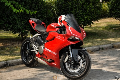 Cap doi Ducati 899 Panigale do an tuong cua D.O.C tai Viet Nam Motorcycle Show 2016
