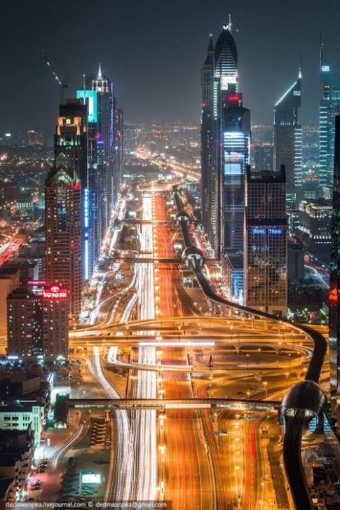 Chum anh: Dubai hoa le va long lay nhin tu tren cao
