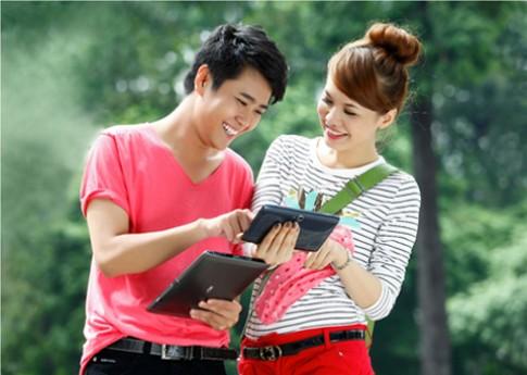 Cung Acer chon qua 'doc' cho nang ngay 8/3