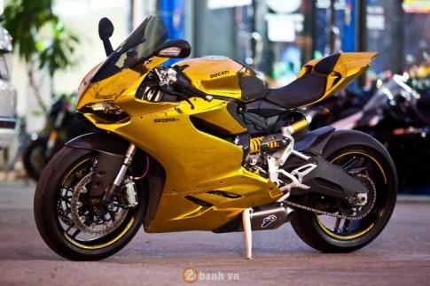 Ducati 899 Panigale doc dao voi phien ban Vang Chrome