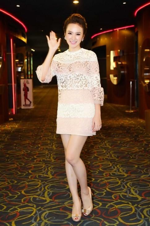 Dung vay goi cam, diem 10 danh cho Angela Phuong Trinh hay Ha Vi?