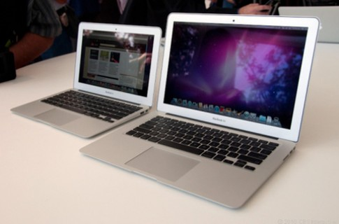 MacBook Air 15 inch va 17 inch co the ra mat quy I/2012