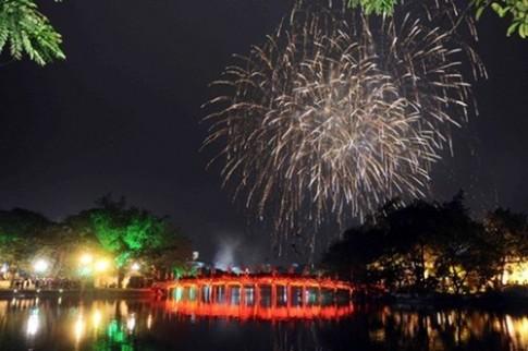 Những điểm bắn pháo hoa Đêm giao thừa Tết Ất Mùi tại Hà Nội và Sài Gòn