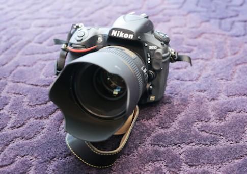 Nikon D810 chinh hang ve Viet Nam gia gan 70 trieu dong