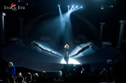 Vẻ đẹp lãng mạn trong show diễn 'The Dream of Santorini'