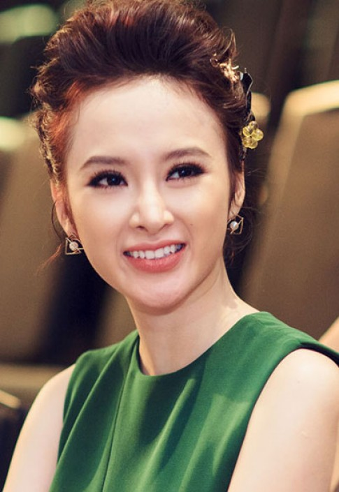 Angela Phuong Trinh, Minh Hang trang diem dep nhat tuan